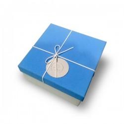 Boite cadeau carrée bleue vide